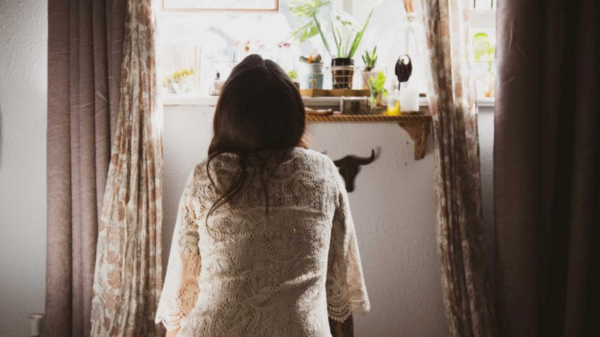 How to Create a Simple Morning Routine that Energizes, Reduces Stress, & Builds Success